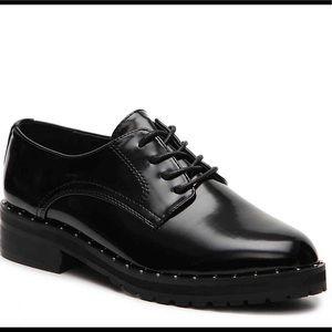 Steve Madden Jeremiah Black Studded Oxford  sz 8